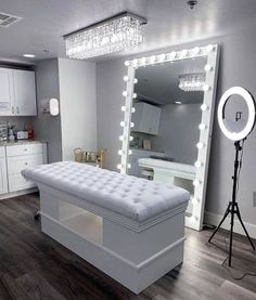 Trendy Ideas for home office closet organization floors Room Ideas Bedroom, Home Decor Bedroom, Esthetics Room, Beauty Room Decor, Aesthetic Room Decor, Dream Rooms, Luxurious Bedrooms, My New Room, House Rooms