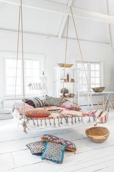 An indoor swing!? YES PLEASE
