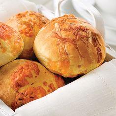 Petits pains chauds au cheddar - Recettes - Cuisine et nutrition - Pratico Pratique