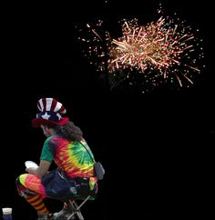 fireworks and clown Photoshop Course, Learn Photoshop, Photoshop For Photographers, Photoshop Photography, Photoshop Tutorial, Photoshop Actions, Adobe Photoshop, Online Computer Courses, Clowning Around