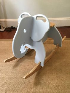 Hand Crafted Elephant Rocker Hand Crafted Elephant Rocker Bernhard Stromer bernhardstromin Holz-Ideen This elegant handmade elephant rocker is the perfectly adorable addition to any nbsp hellip Cnc Projects, Woodworking Projects, Woodworking Classes, Woodworking Plans, Oak Plywood, Wood Nursery, Nursery Ideas, Kids Wood, Baby Furniture