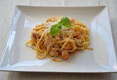 Pikantní špagety s kuřecím masem, slaninou a česnekem Tofu, Pesto, Salsa, Spaghetti, Ethnic Recipes, Style, Cooking, Swag, Salsa Music