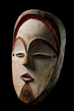 African Masks, African Art, Dancers Body, African Sculptures, Art Premier, Plant Fibres, Masks Art, Art Auction, Tribal Art