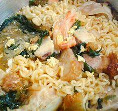 レシピとお料理がひらめくSnapDish - 4件のもぐもぐ - kimchi noodle soup with seaweed,  mandu and salted roasted pork! #Korean cuisine #home made #home cook # fusion cuisine #delicious #Dinner by Kenex Kum Chee Kuan