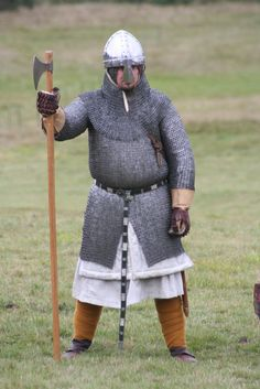 Housecarl battle of Hastings Viking Armor, Arm Armor, Medieval Knight, Medieval Armor, Norman Knight, High Middle Ages, Anglo Saxon, Dark Ages, British History