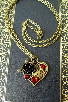 #necklace #jewelry #steampunk #rebelsmarket #ruby #rose