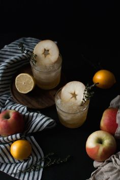 Craft Cocktails Elsewhere: Apple Grilled Thyme Smash {Jojotastic} - FOOD! Craft Cocktails, Apple Cocktails, Smash Recipe, Pumpkin Picking, Alcohol Recipes, Drinks Alcohol, Fresh Apples, Gin And Tonic, Cocktail Recipes
