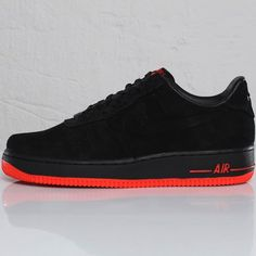 La Nike Air Force 1 VT Low Black / Max Orange. The best !!