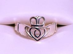 Traditional Claddagh Ring Size 7.5 by dfoley75 - 20% off at Shapeways for Black Friday!