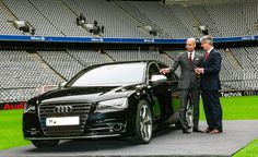 Pep Guardiola, con su nuevo Audi S8
