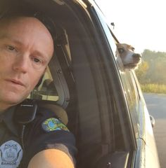 """Officer captures """"law breaking"""" dog and takes awesome selfie with the pet in custody. Read more"""