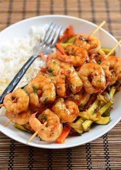 Slimming Slimming Eats Honey Garlic Shrimp - dairy free, gluten free, paleo, Slimming World (SP) and Weight Watchers friendly Prawn Recipes, Shrimp Recipes Easy, Seafood Recipes, Cooking Recipes, Healthy Recipes, Cod Recipes, Garlic Recipes, Healthy Breakfasts, Shake Recipes