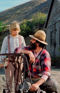 Brian Part as Carl Sanderson Edwards Victor French as Isaiah Edwards Laura Ingalls Wilder, Tv Fr, Victor French, Michael Landon, Popular Tv Series, Home Pictures, Old Tv, Classic Tv, Father And Son