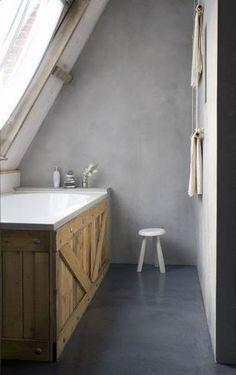 Un tablier en palettes pour la baignoire - 18 idées pour recycler des palettes en bois - CôtéMaison.fr
