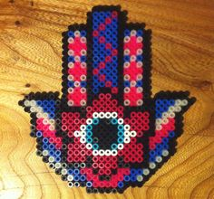 Hamsa hand // Hama perler beads // A whole Lotte love