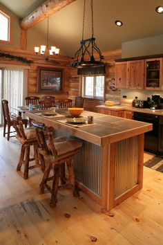 Beautiful mountain kitchen with rustic elements!