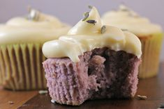 Lavender Cupcakes with Honey Cream Cheese Frosting Check out our fan-submitted recipe featuring Local Hive Honey. Frosting Recipes, Cupcake Recipes, Baking Recipes, Cupcake Cakes, Dessert Recipes, Poke Cakes, Layer Cakes, Cupcakes Cream Cheese Frosting, Cream Frosting
