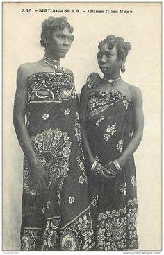 Madagascar - Jeunes Filles Vezo