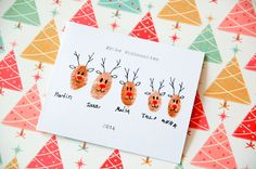 Weihnachtskarten basteln mit Finger und Farbe