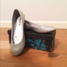 Lower East Side Shoes - Silver Glitter Ballerina Flats (Style: Chelsea)