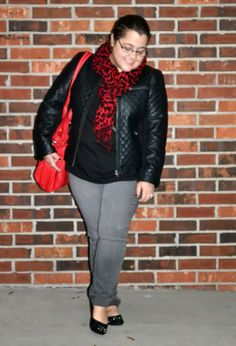 grey jeans, curvy and petite style, fashion, quilted leather jacket http://stylecassentials.blogspot.com/2014/01/denim-week-2-weekend-edge.html