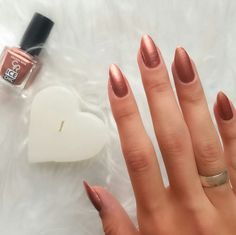 Flormar İce Chic 62 - The best fashion types in the world fashionlife Rose Nails, Pink Nails, My Nails, Nail Art Designs, Nail Polish Designs, Nails Pies, Wedding Nail Polish, Wedding Manicure, Classy Nail Art