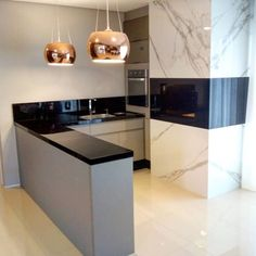 Área de churrasqueira: 60 fotos para um espaço aconchegante e receptivo Modern Kitchen Interiors, Minimalist Kitchen Design, Kitchen Decor, Kitchen Inspiration Design, Kitchen Inspirations, Decor, Kitchen, Interior, Home Decor