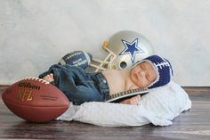 To die for newborn picture :) Cowboys!