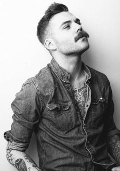 Hair men hipster moustache Ideas for 2019 Hipster Haircuts For Men, Hipster Hairstyles, Mustache Styles, Beard No Mustache, Movember Mustache, Great Beards, Awesome Beards, Beard Boy, Style Masculin