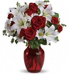 Be My Love Bouquet with Red Roses   Item T128-2A
