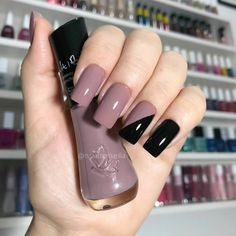 Pin by Karla Andrade on Nails in 2020 Aycrlic Nails, Rose Nails, Manicure And Pedicure, Swag Nails, French Manicure Nail Designs, Acrylic Nail Designs, Stylish Nails, Trendy Nails, Square Nail Designs