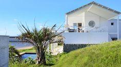 La casa sobre las rocas. Rediseñada para acoger una gran familia y disfrutar del entorno y de las vistas http://www.muudmag.com/spa/pagina/425-On-the-rocks FOTOS: Maria Eugenia Daneri