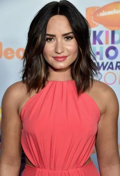 Demi Lovato's frayed lob haircut - click through for more celebrity bob and lob hairstyle inspiration!