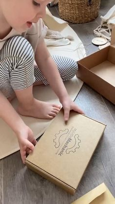 Toddler Preschool, Toddler Toys, Baby Toys, Kids Toys, Montessori Activities, Toddler Activities, Kids Blocks, Craft Packaging, Toddler Development