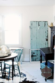 chippy turquoise & cowhide: love the combo