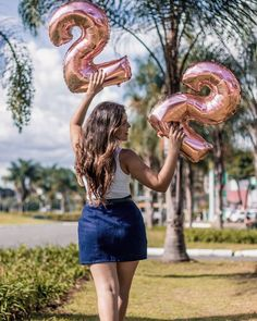 Cute Birthday Pictures, Birthday Ideas For Her, Birthday Party For Teens, Teen Birthday, Birthday Photos, Birthday Celebration, Photography Poses Women, Photography Basics, Birthday Party Photography