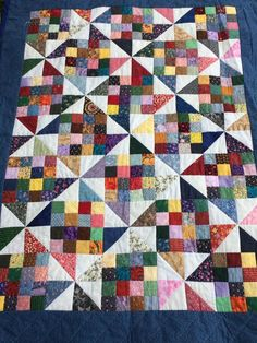 Love this scrappy quilt - simple 9 patch ½ squares and the spi . - Love this scrappy quilt – simple 9 patch ½ squares and lace – # ½ - Scrap Quilt, Scrappy Quilt Patterns, Lap Quilts, Quilt Blocks, Simple Quilt Pattern, 9 Patch Quilt, Colchas Quilting, Quilting Projects, Quilting Designs