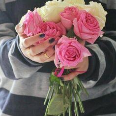 في بعض الأحيان كل ما نحتاجه، هو شخص يمكن أن يجعلك تبتسم:-)