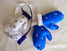 DIY Keepsake Mitten Ornaments Tutorial at GYCT