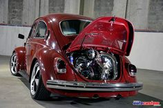 """Volkswagen Fusca """"Fuscão"""" ano 1977, cor vermelha, de André """"Dé"""" da cidade de Osasco e integrante do União Fuca Club Osasco. Customizações: Motor de Kombi 1"""
