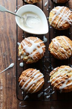 Oatmeal Golden Raisin Muffins with Cream Cheese Glaze {Vegan} #baking #recipe