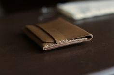 Handmade leather wallet by Bas and Lokes