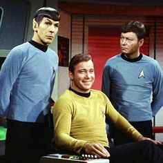 The trio's relationship in one picture! Bones is annoyed at Spock's sarcasm, Spock is moving on after sassing McCoy, and Kirk is chuckling, totally enjoying it. Star Trek Bones, Star Trek Cast, Sci Fi Tv Series, Series Movies, Spock And Kirk, Hogans Heroes, Star Trek Episodes, Star Trek 1966, Star Trek Original Series