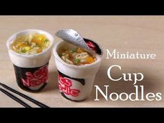 Miniature Cup Noodles / Instant Noodles - Polymer Clay Tutorial by SugarCharmShop Barbie Dolls Diy, Barbie Food, Doll Food, Polymer Clay Miniatures, Polymer Clay Charms, Dollhouse Miniatures, Miniature Crafts, Miniature Food, Resin Tutorial