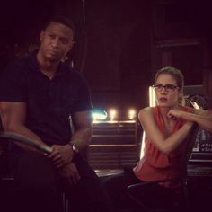 Arrow - Diggle & Felicity #2.11 #Season2