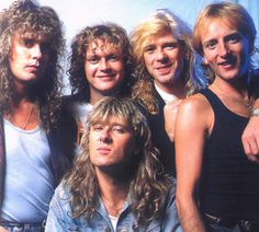 Def Leppard <3  LOVE this AMAZING Rock & Roll Group!