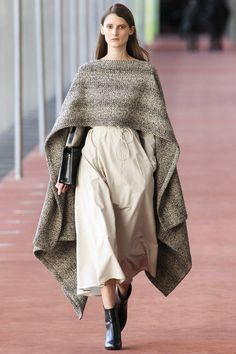 See the Lemaire autumn/winter 2015 collection