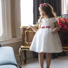 Monna Rosa Tüllü Çiçekli Beyaz Elbise