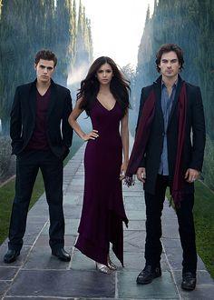 #angeles-caidos-en-la-oscuridad:  The vampire diaries
