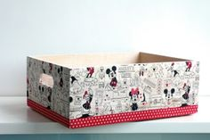 Toy Basket, Chalk Paint, Ideas Para, Decoupage, Stencils, Mickey Mouse, Decorative Boxes, Projects, Diy